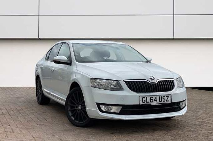 SKODA Octavia 1.6 TDI CR Black Edition 5-Dr Hatchback